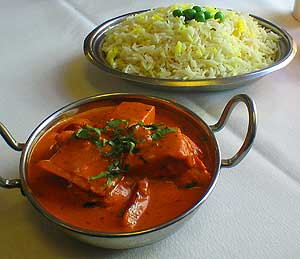delicious chicken tikka masala with tandoori chicken